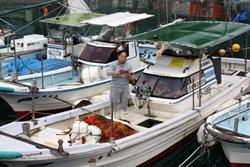魚つり、魚料理体験をお楽しみいただけます。